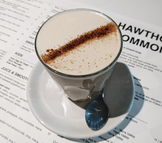 Hawthorn Common, Hawthorn, soy chai latte
