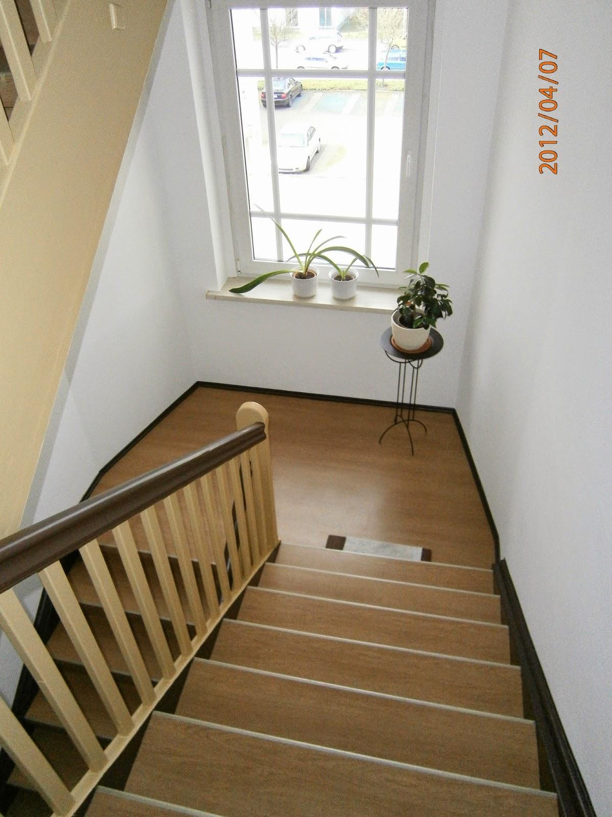 Treppenrenovierung - Treppenpodest im Mehrfamilienhaus