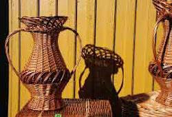 Kerajinan Anyaman Bambu Cilembu yang Mulai Berkembang - Rumah Kreative f48d4e0ba7