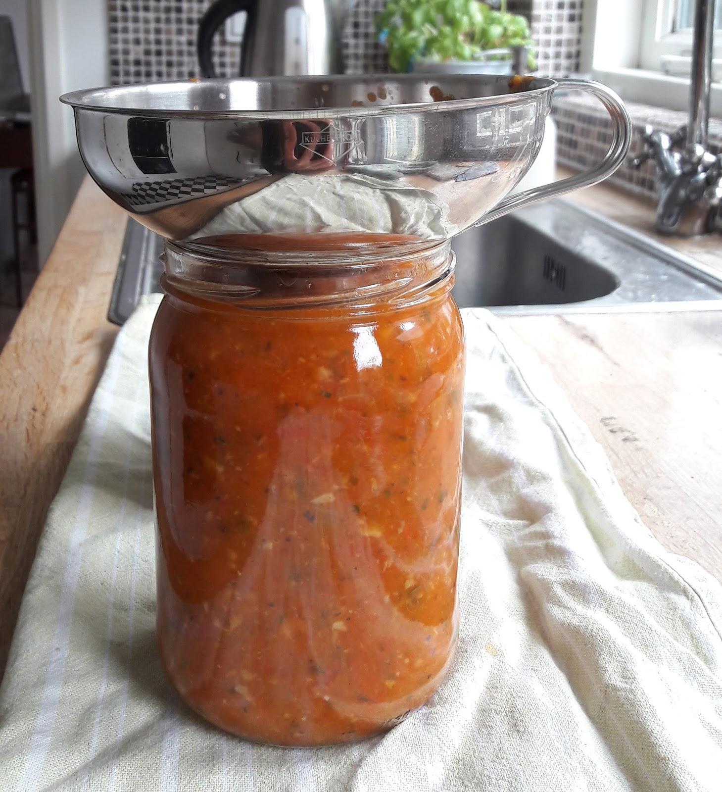 pastasaus maken met verse tomaten