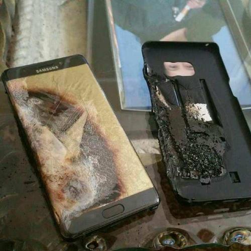 Samsung Galaxy Note 7 Meledak