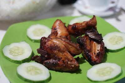 Ayam goreng kampung ala Dapoer Melayoe