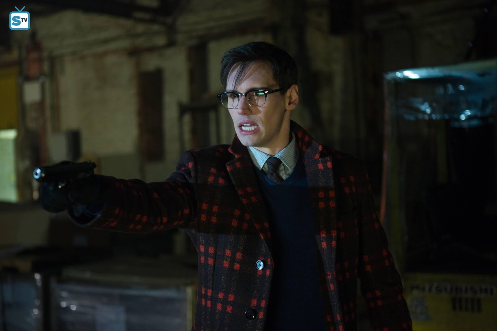 Gotham - Episode 2.17 - Into the Woods - Sneak Peeks, Promotional Photos, Promos & Press Release *Updated*