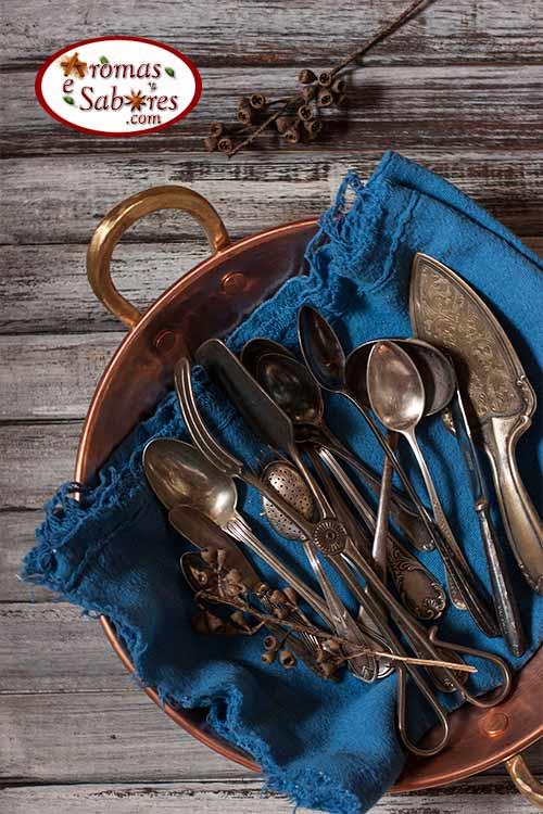 talheres de prata para fotos de gastronomia