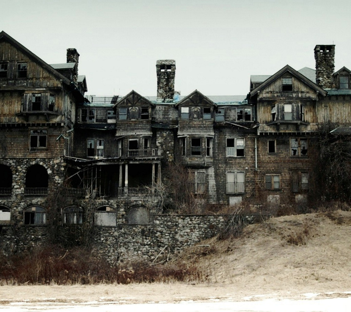 abandoned mansion wallpaper - photo #27