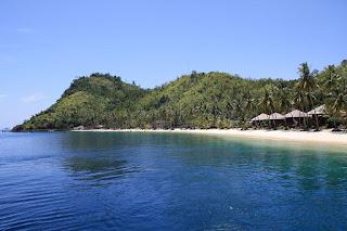 Wisata Pulau Sikuai di Sumatera Barat