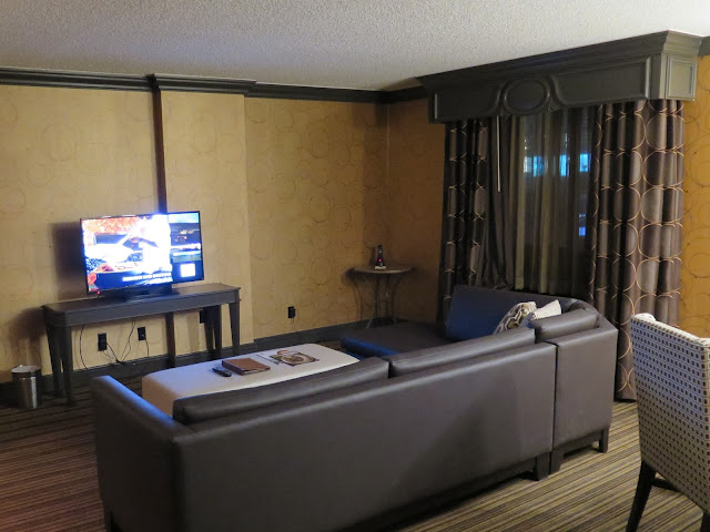 Golden Nugget Las Vegas Gold Tower Two Room Suite