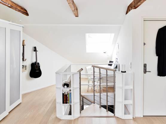Duplex con escalera de caracol