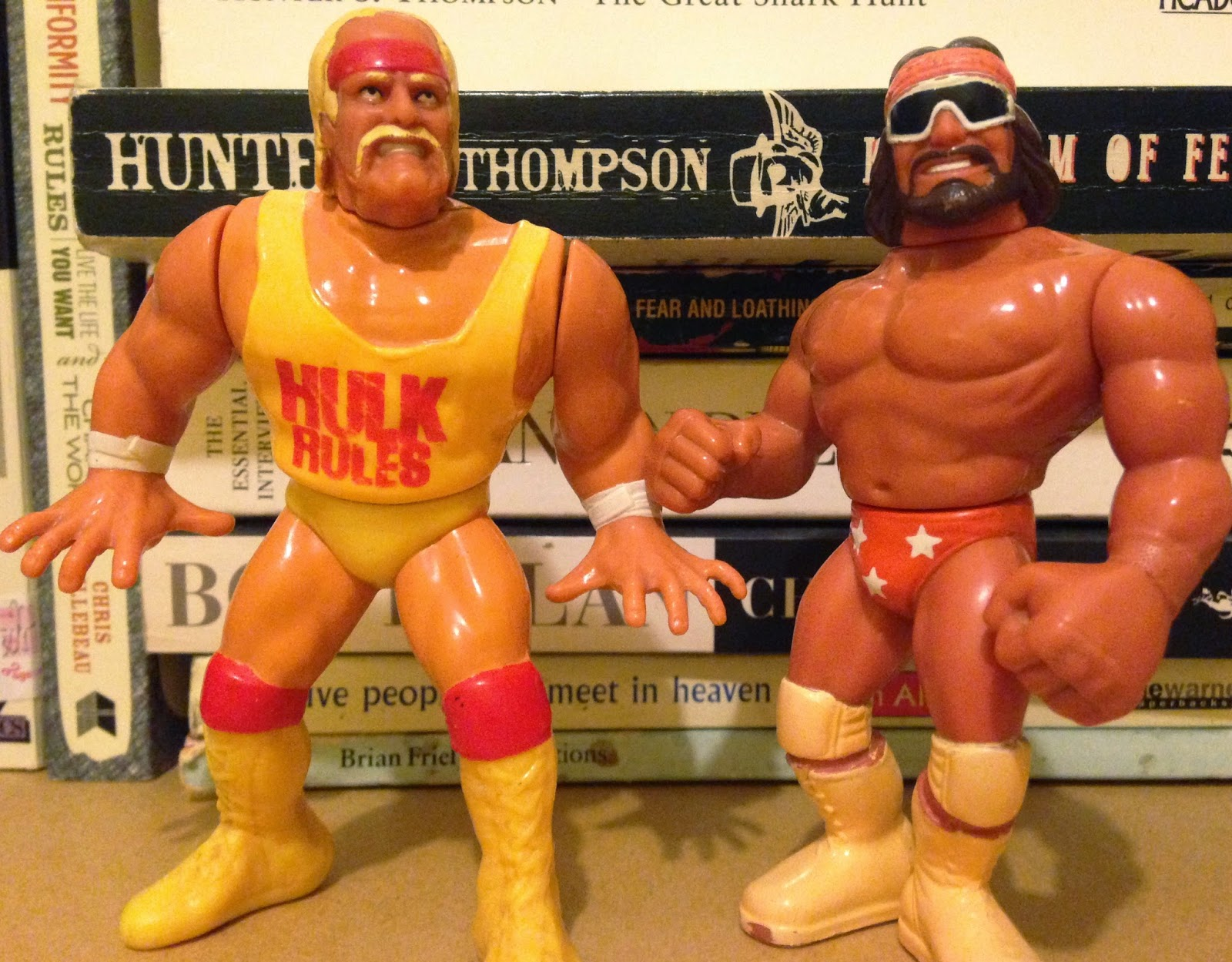WWF / WWE - Hasbro Wrestling Figures - Macho Man Randy Savage vs.Hulk Hogan - The Mega Powers Explode at Wrestlemania 5