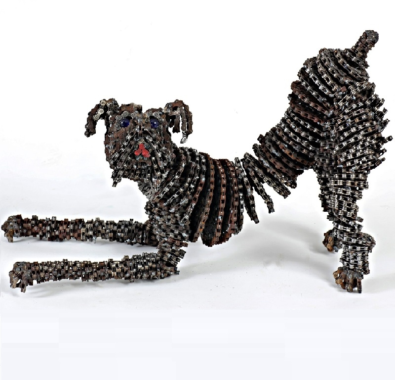 07-Chica-Nirit-Levav-Recycled-Bicycle-Parts-used-for-Unchained-Dog-Sculptures-www-designstack-co
