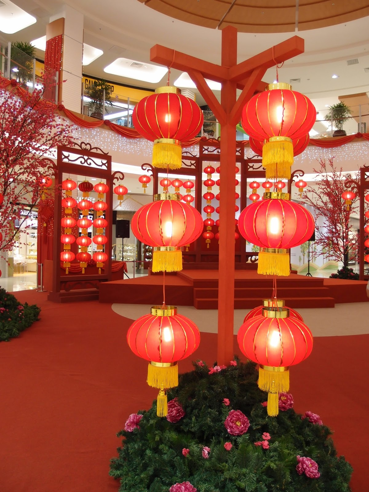 Xing Fu: CHINESE NEW YEAR DECORATIONS AT AEON SITIAWAN