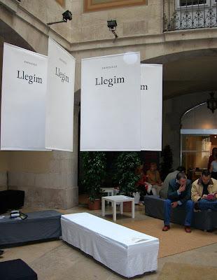 Exposició Llegim al palau Moja de Barcelona / Institució de les Lletres Catalanes (ILC) / Comissària Ada Castells (2006) per Teresa Grau Ros