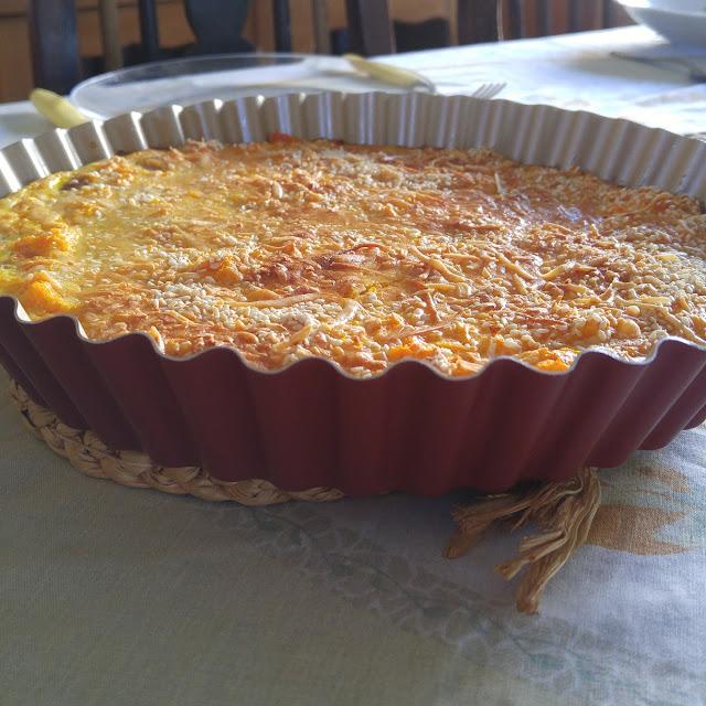 Torta de legumes com linguicinha