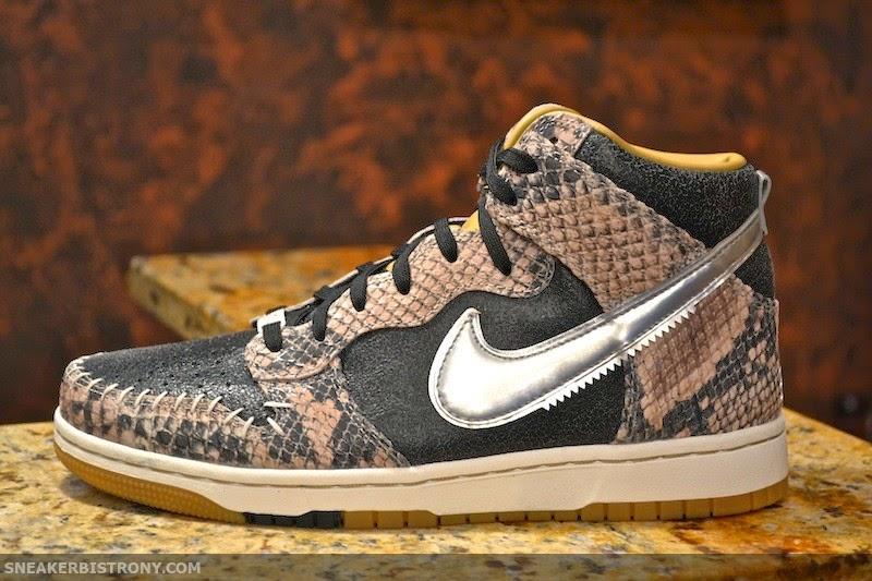 sports shoes 3b9ab cf03c KICKS   Nike Dunk CMFT PRM QS