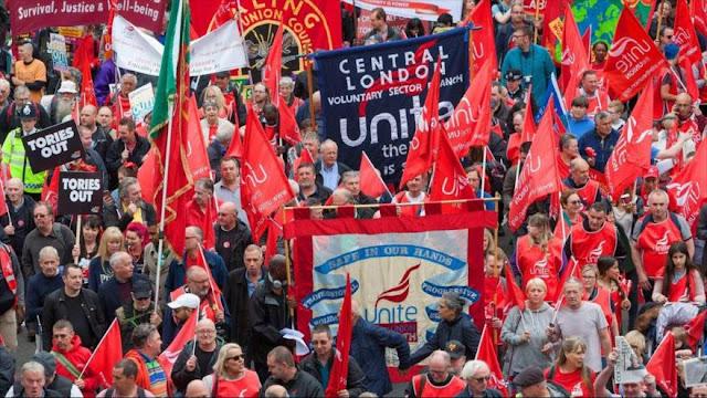 Multitudinaria manifestación en Londres por la mejora de salarios