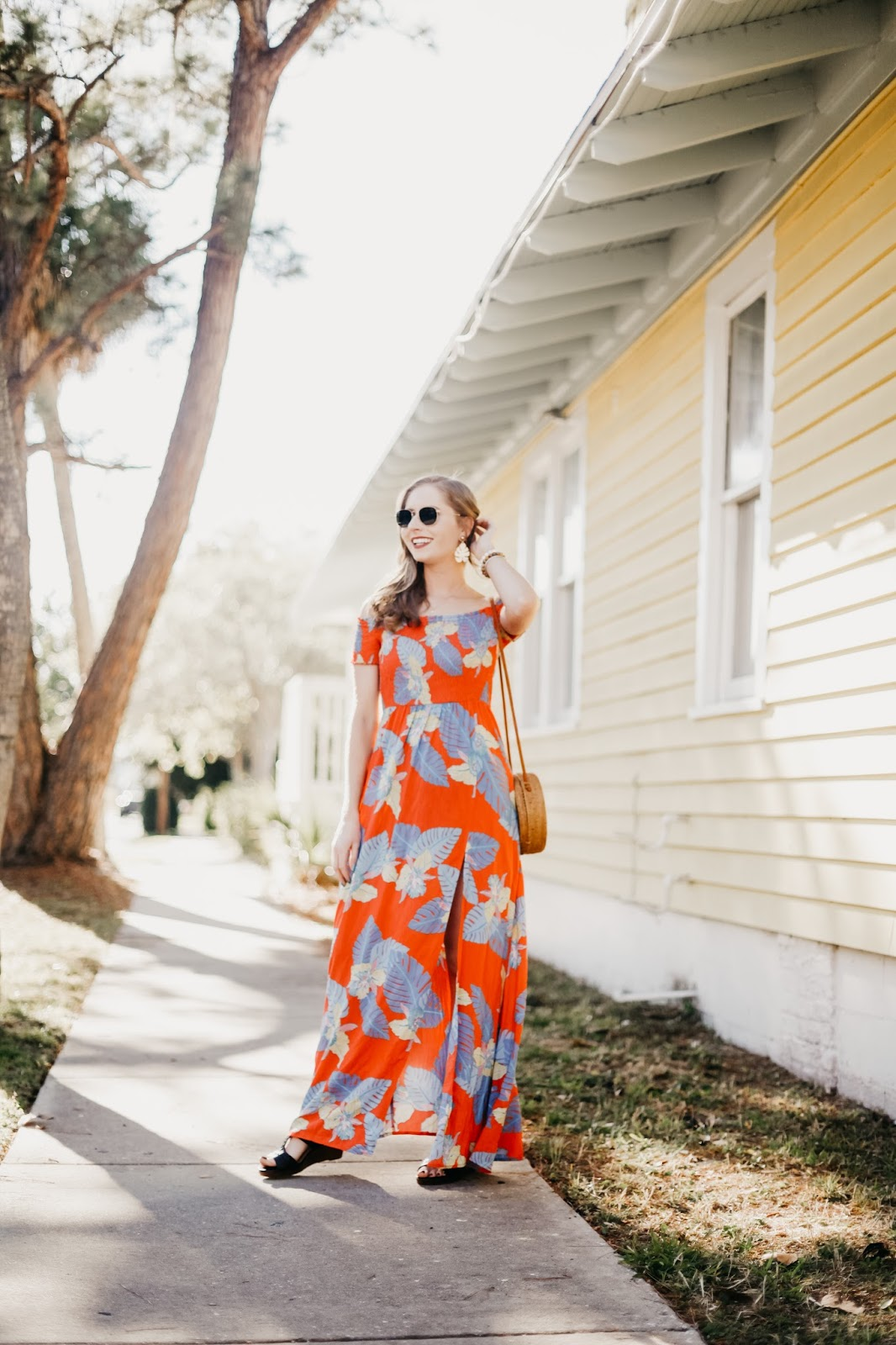 palm tree print dress and earrings for spring 2018