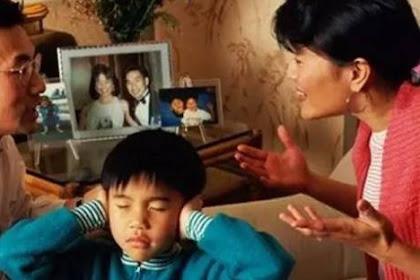"""Seumur Hidup itu Terlalu Panjang.."" Cuman Itu Alasan Mama Waktu Bercerai dari Papa, Namun Saat Papa Tiri Muncul, Aku pun Mengerti…"