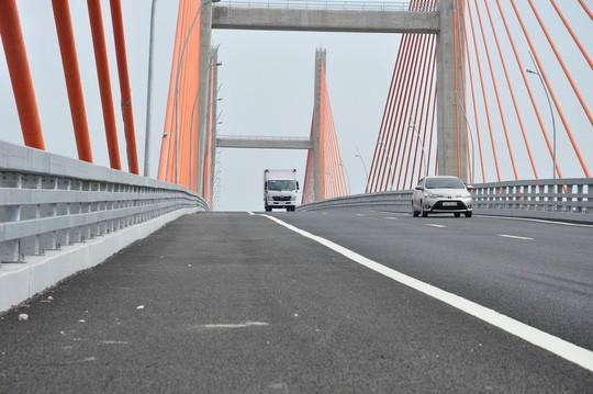 Cầu Bạch Đằng nối giữa Quảng Ninh – Hải Phòng ảnh 2