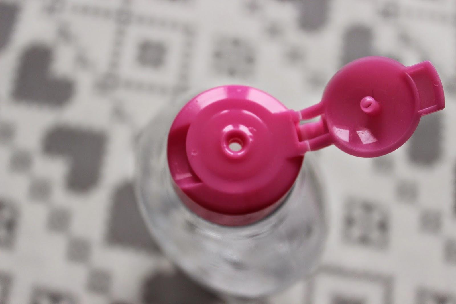 garnier różowy płyn micelarny do skóry wrażliwej opinia recenzja skóra trądzikowa