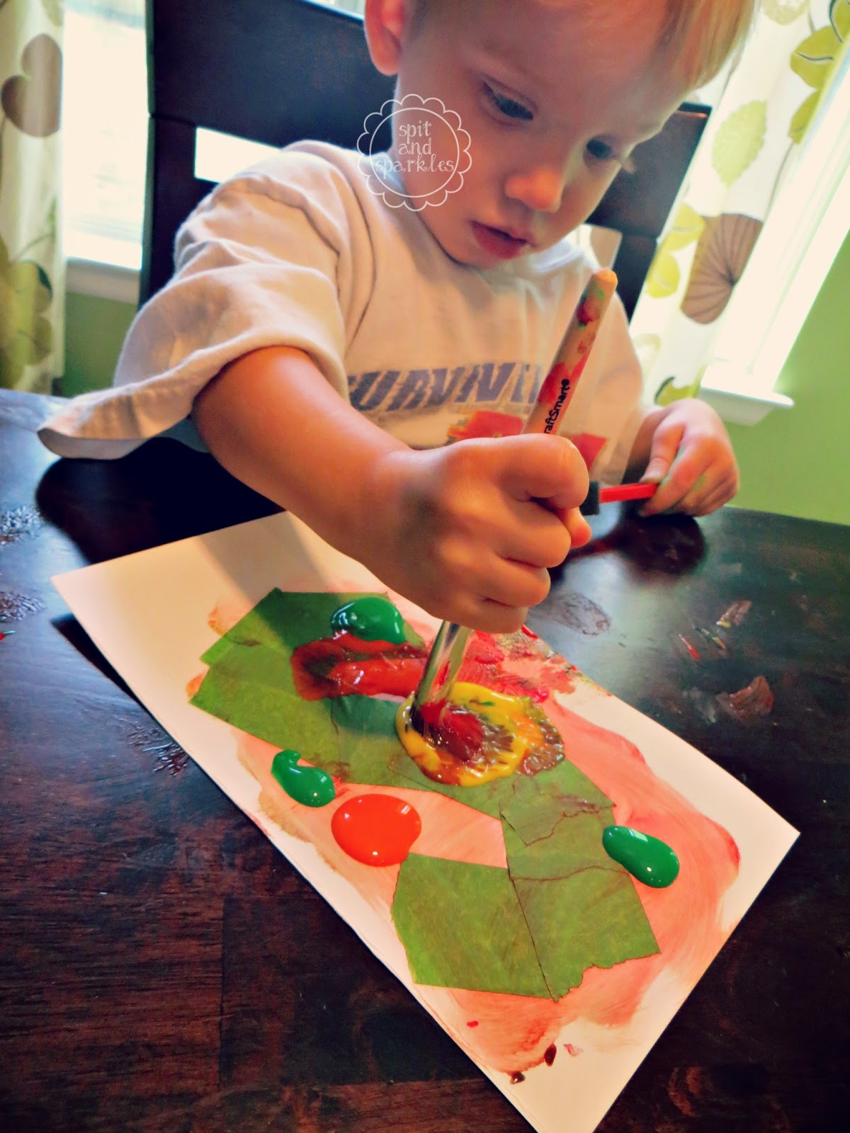 6 Fall Activities for Toddlers #fall #DIY #kidscrafts #totschool #treeart #leaves