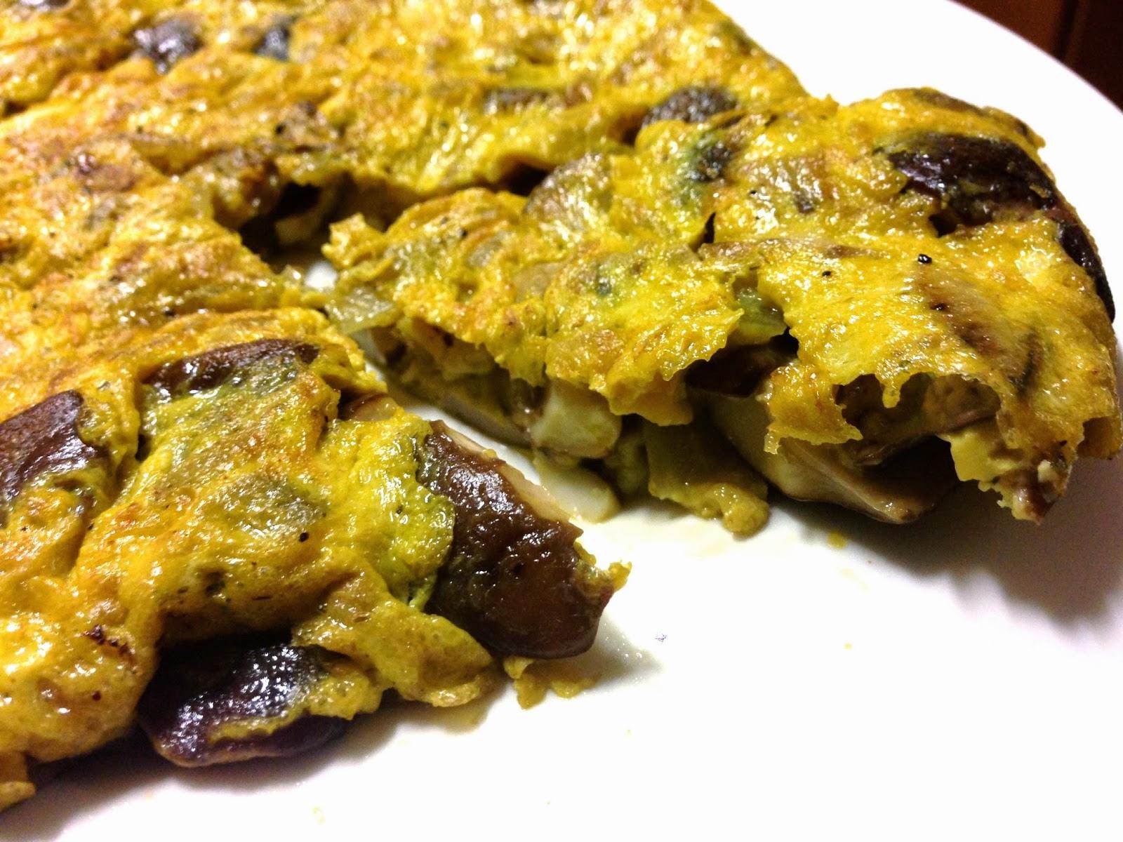 Tortilla De Boletus Edulis Y Cebolla…, Por Variar De Tanta Patata, No?
