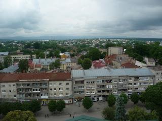 Дрогобич. Вигляд на західні окраїни, на вулицю Жупну, на руїни солеварні, на церкву св. Володимира і Ольги