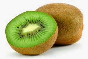 Fiber is a nutrient that is usually found in vegetables and fruits. Fibers contained in the kiwi will provide important benefits of health and beauty tips, especially for digestion in our bodies. However, the fiber must be consumed on a regular basis to prevent the occurrence of gastrointestinal diseases such as hemorrhoids, diverticular and others. When we are experiencing indigestion, we can consume kiwi to address the health problems. Of course we can also consult directly with health professionals to gain a clearer understanding. Under rule 2 thousand calorie diet, half cup servings of kiwi fruit can give us 50 calorie intake and 12 % of daily fiber needs. It can be a consideration for people who are not happy with the kiwi.