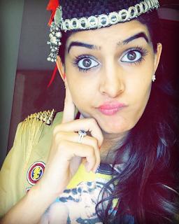 Female Indian Youtuber 2019 Anisha Dixit