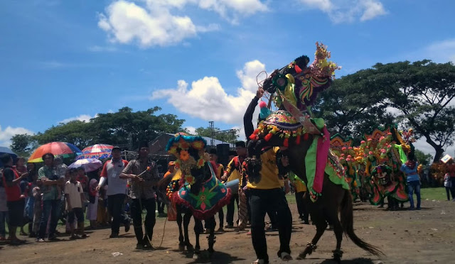 Festival Jaran Kencak