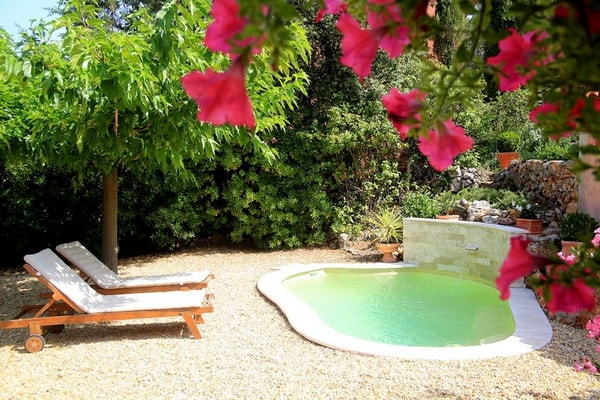 7 Unique Design of Small Patio Pools To Fall in Love With 8