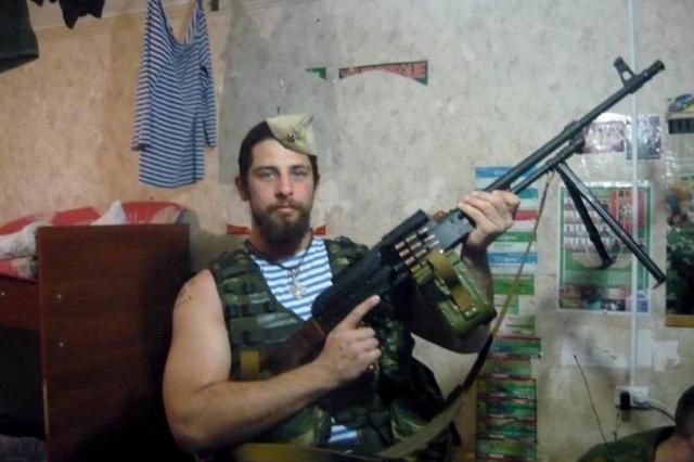 Бойовик, якого засудили за вбивства українських бійців, розгулює Києвом