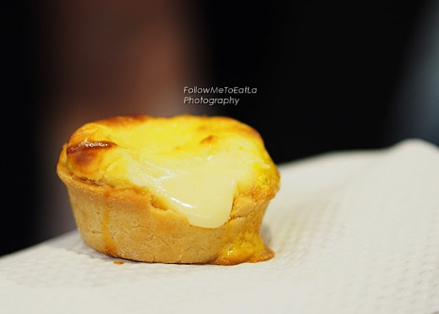 Flowy Cream Cheese Filling of Original Lava Cheese Tart