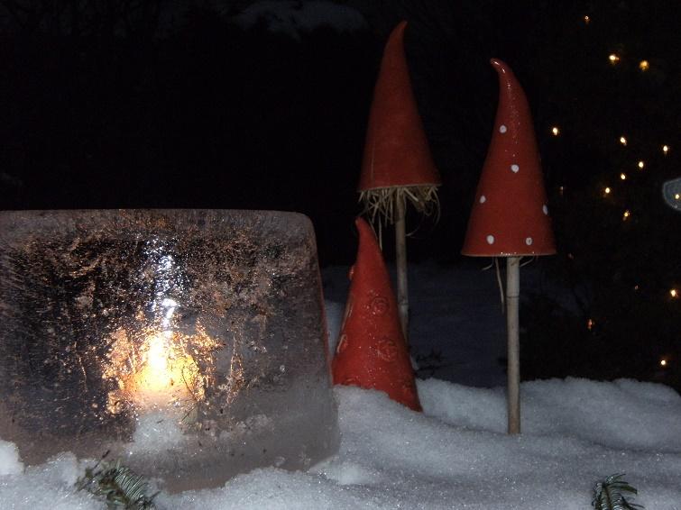 Deko für den Garten aus Eis