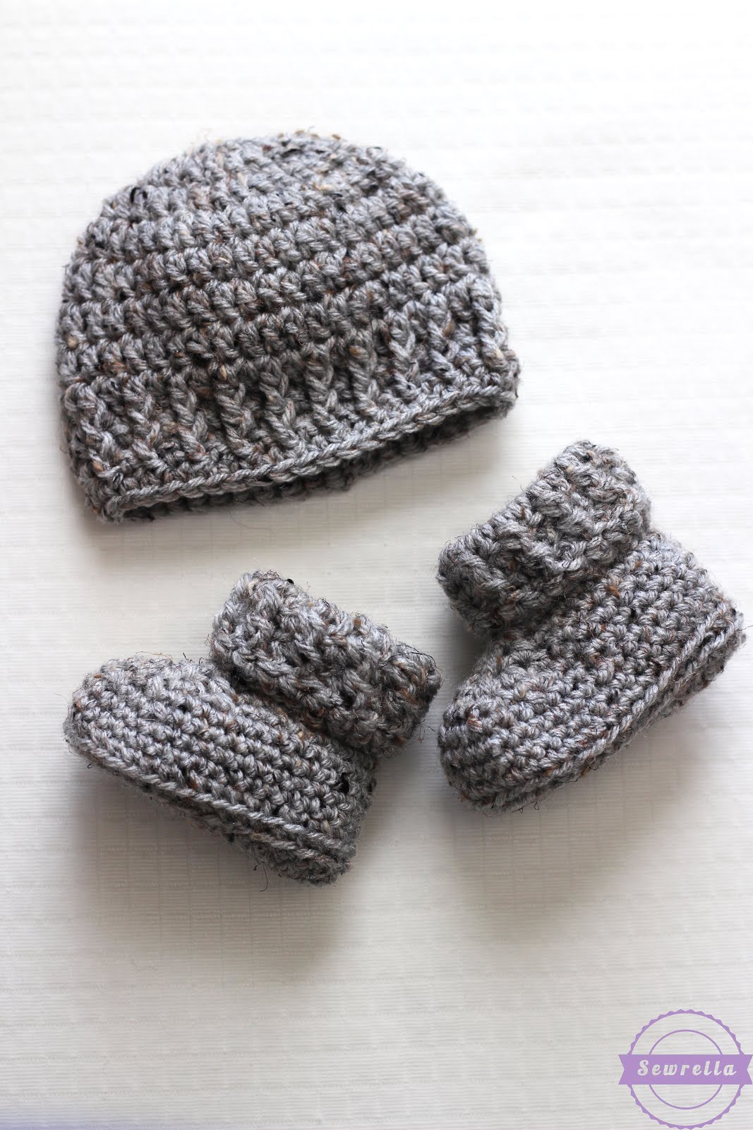 f59ffc2db5e2 The Parker Crochet Baby Booties - Sewrella