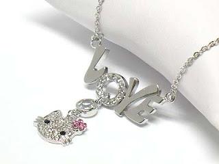 11a35545d5eb9 احدث عروض الموضه والازياء والديكور  اكسسوارات ماركة Hello Kitty 2012 ...