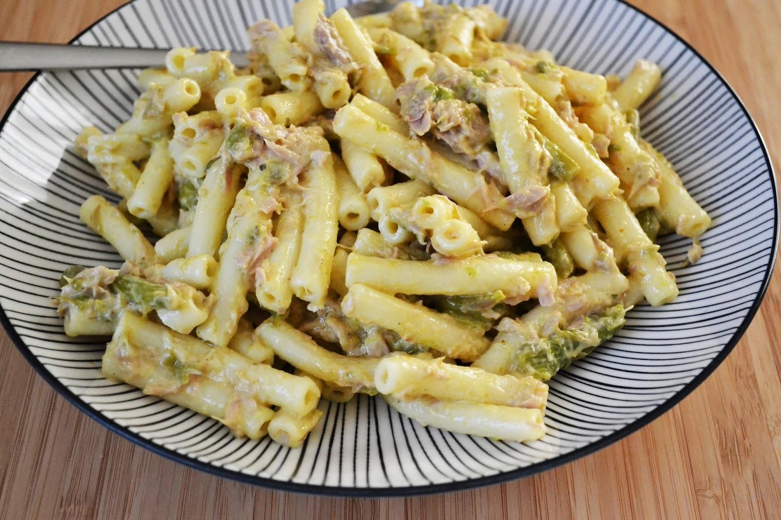 j ai toujours aim 233 le jaune moutarde salade de p 226 tes au thon et au curry