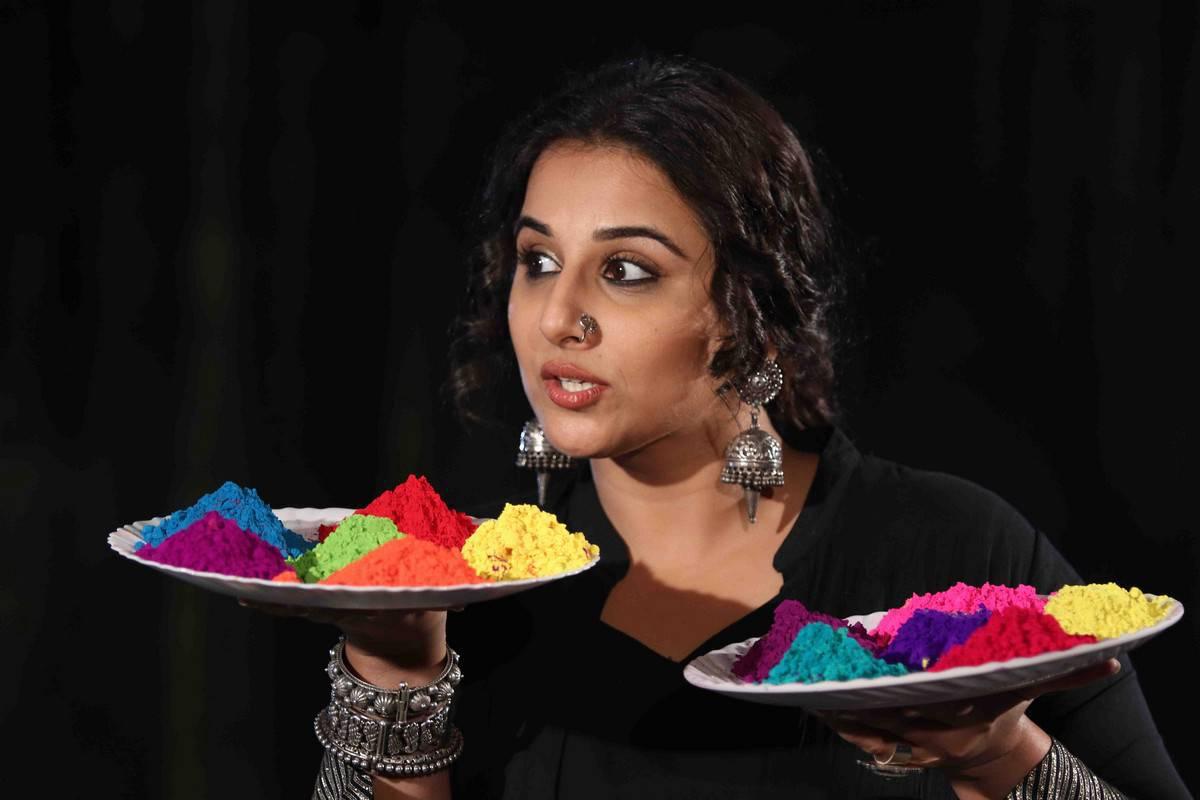 Vidya Balan Holi Celebration Stills In Black Dress
