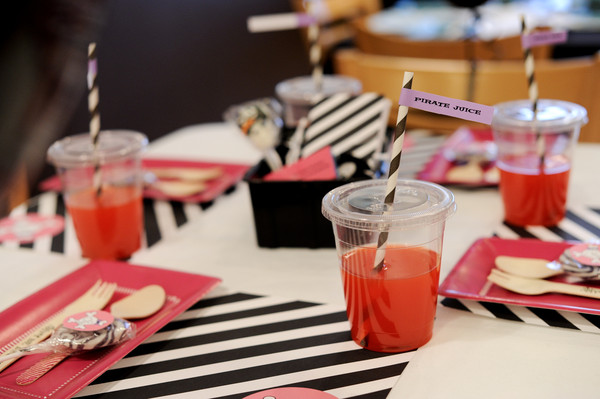 Kara S Party Ideas Girly Pirate Themed Birthday Party