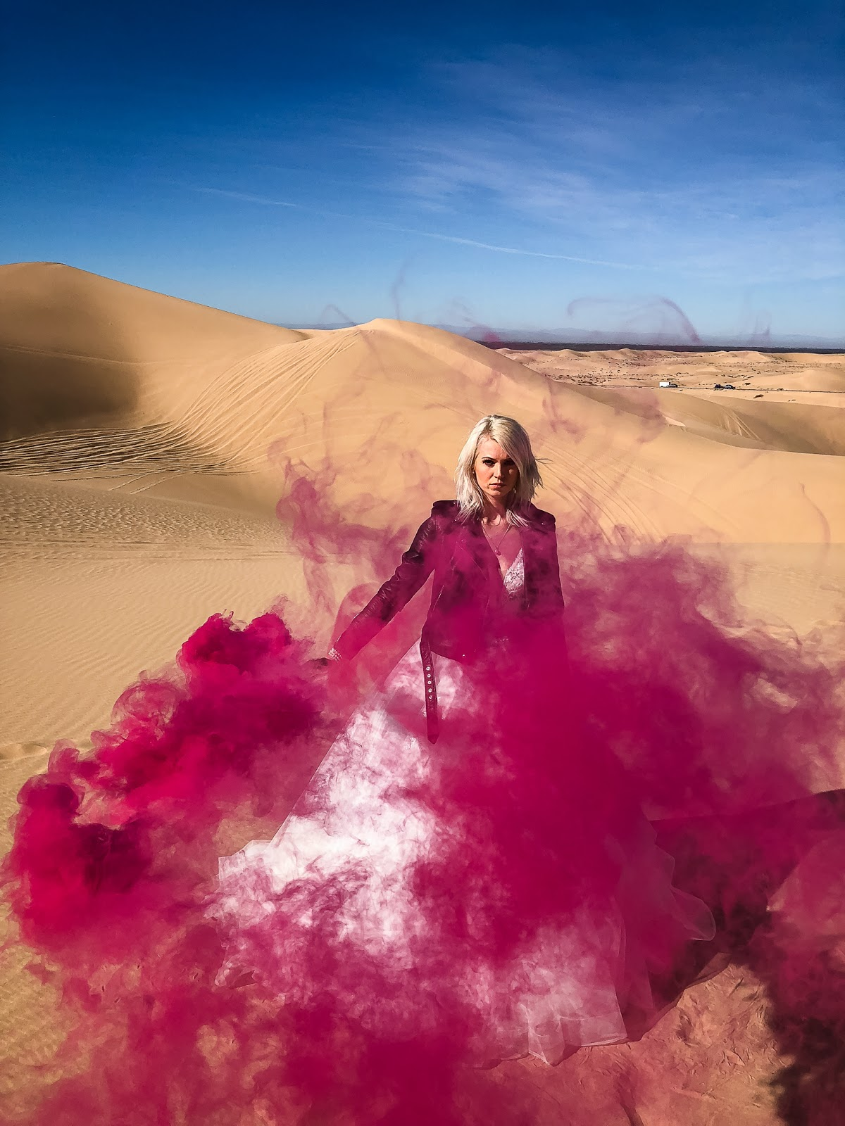 smoke bomb photoshoot inspiration