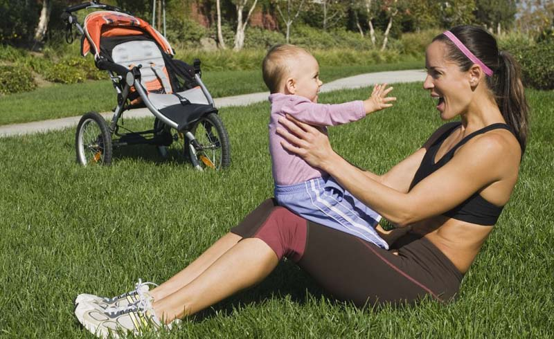 exercise and breastfeeding, running while breastfeeding, running and breastfeeding, running while nursing, tips for breastfeeding,