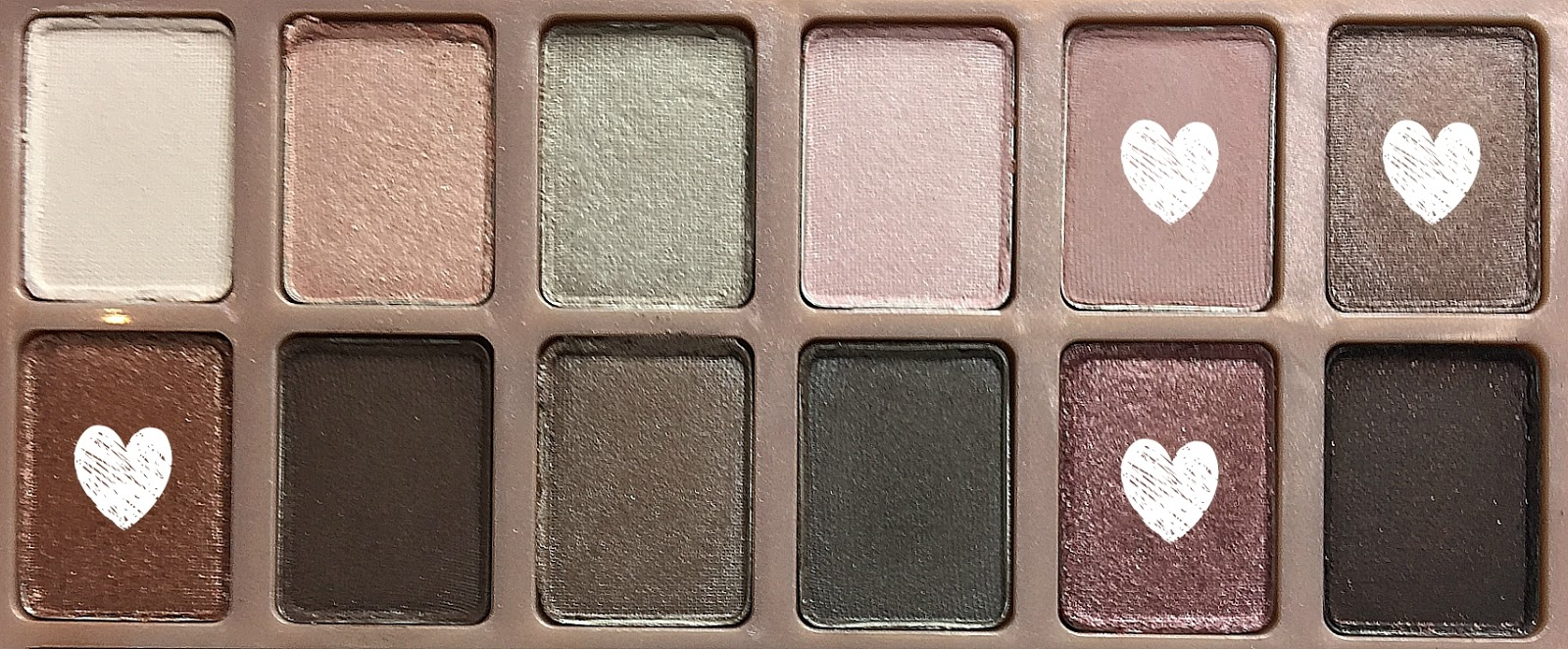 Review Maybelline The Blushed Nudes Eyeshadow Palette Plus Dry And