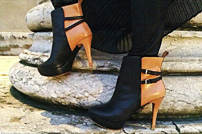 Zara high heels in beige and black with straps
