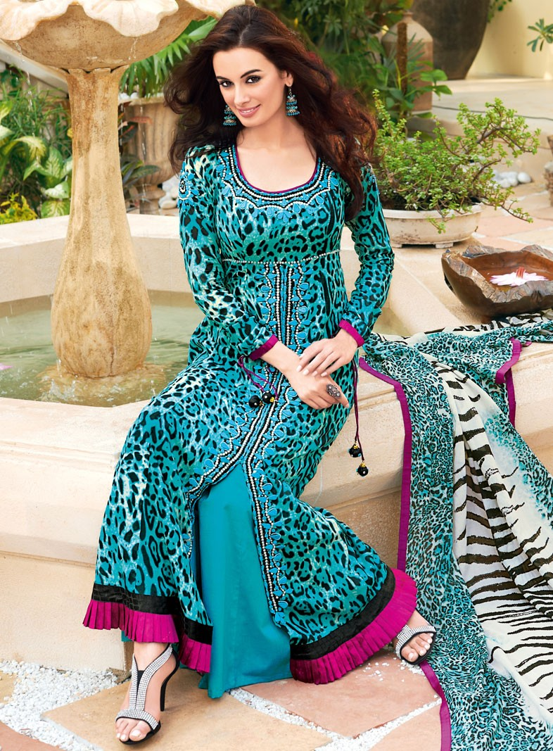 51c6447d4d Pak-India Fashion Blog: Shopping for Gul Ahmed Lawn Collection