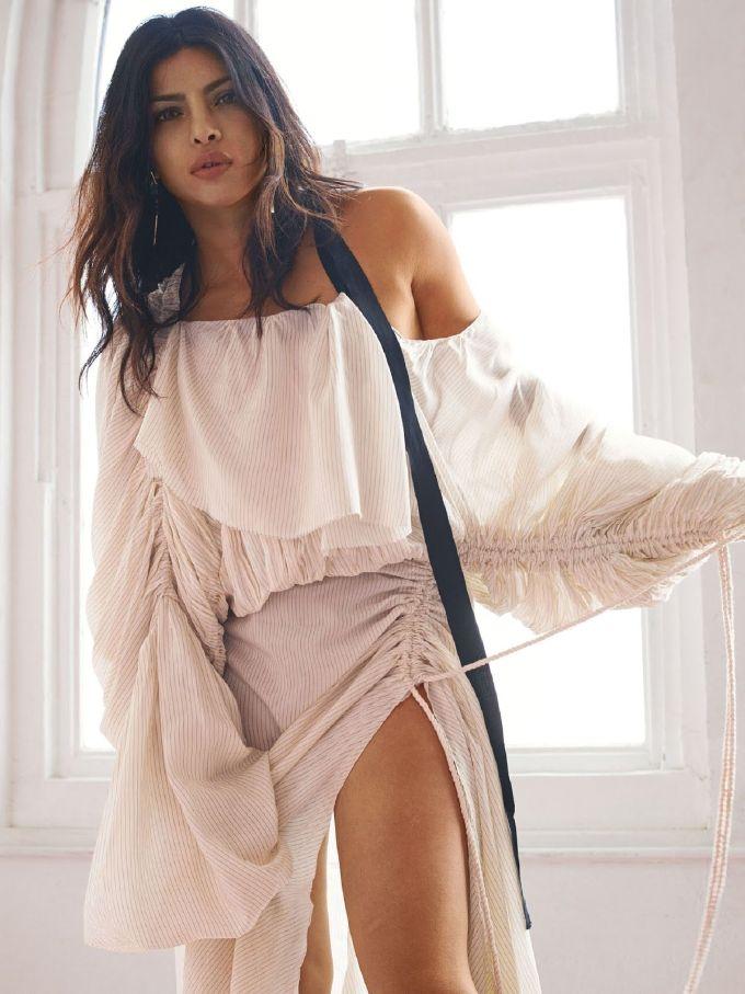 Priyanka Chopra Hot Photos In Mini White Short