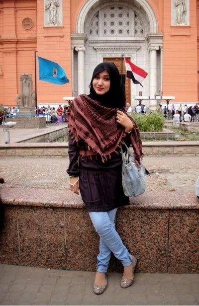 Model Celana Panjang jeans Wanita Terbaru
