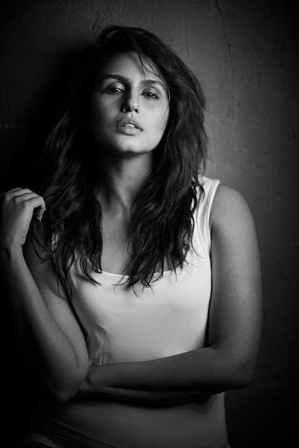 Huma Qureshi images stills photos in hd
