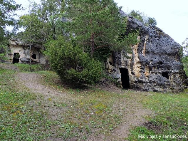 Cuevas eremíticas de los Moros, Corro, Valdegovia, Álava