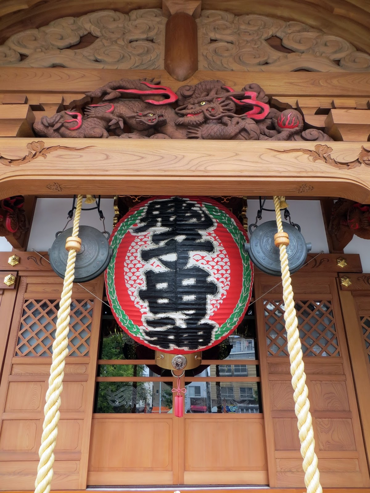 Tokyo temple, shrine, shinto, Akihabara, electric town, tokyo, must do tokyo, japan, computer games, manga, toys