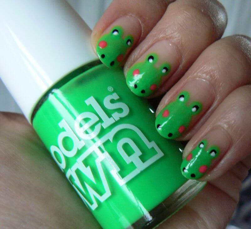 Truly Madly Beauty: NOTD - Fun Frog Nails feat Models Own Toxic Green!