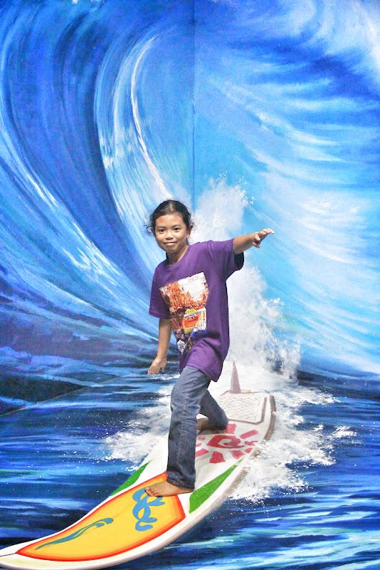 Jom surfing!